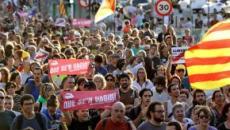 Cerca de 60 estudiantes se atrincheran en la Universidad de Lleida y bloquean los accesos