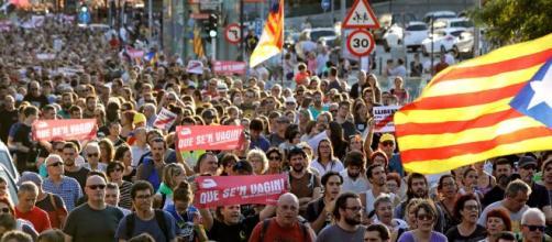 Estudiantes atrincherados en la Universidad de Lleida y bloqueos