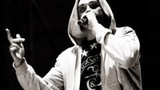 Fabri Fibra compie 43 anni, il rapper sta per lanciare la raccolta 'Il tempo vola'