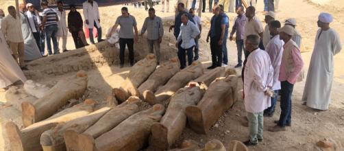 Risultati immagini per trovati sarcofaghi a Luxor