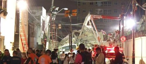 Sete pessoas foram resgatadas com vida (Reprodução/Rede Globo)