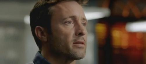 "Steve McGarrett (Alex O'Loughlin) and his ""Hawaii Five-O"" team seek help from Aaron Wright on a kidnapping case. [Image source:SpoilerTV-YouTube]"