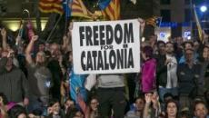 Catalogna, continuano gli scontri: bilancio di 230 feriti e 33 arresti in tutta la Spagna