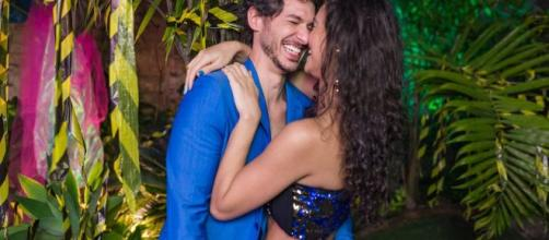 Débora Nascimento apareceu com novo namorado pela 1ª vez. (Arquivo Blasting News)