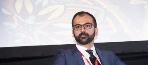 Il ministro Fioramonti al lavoro su importanti cambiamenti per la formazione degli insegnanti