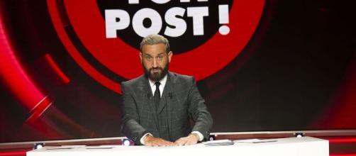 """Julien Odoul qualifie Cyril Hanouna de """"pitre"""", l'animateur contre-attaque"""