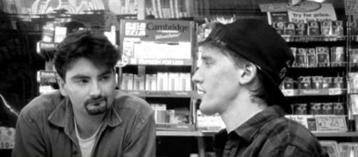 Kevin Smith confirms that a 'Clerks' and 'Mallrats' sequel are coming. [Image Credit] Movieclips/YouTube