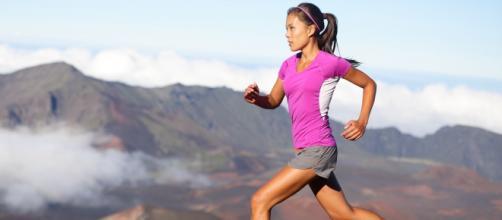 Las mujeres deben considerar sus condiciones físicas para seleccionar la práctica de deportes. - wallhere.com