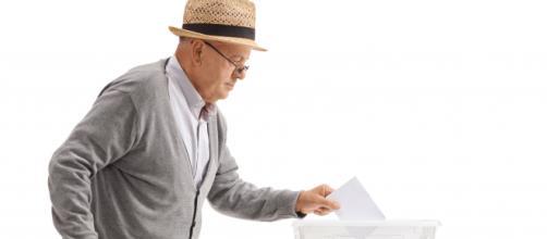 Togliere il voto agli anziani: l'88% è contrario