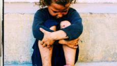 Sardegna: un bimbo su tre vive in condizioni di povertà, allarme di 'Save the Children'