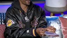 Snoop Dogg assume rollatore professionale per girargli i blunt: 'Un lavoro a tempo pieno'