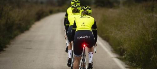Ciclismo e sicurezza in strada, governo congela nuove norme