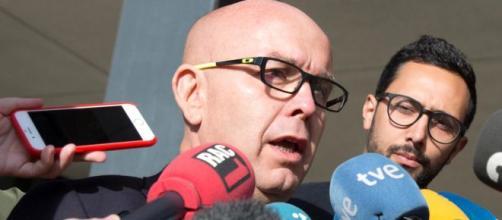 La Policía registra la casa de uno de los abogados de Puigdemont