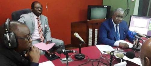 Le Ministre de la Communication René Emmanuel Sadi en pleine interview au Poste National de la CRTV (c) Mincom