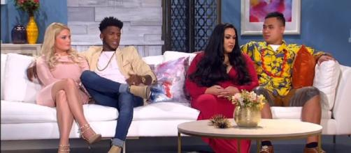 On '90 Day Fiancé,' fans are seeing some twists as the show is heading into the home stretch. [ Image Source: TLC UK/YouTube]