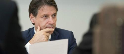 Pensioni Quota 100, avvertimento di Conte a Renzi