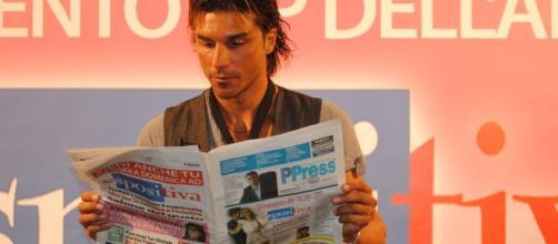 Giovanni Conversano nega il bacio con Lory Del Santo: 'Mai teso un tranello'.