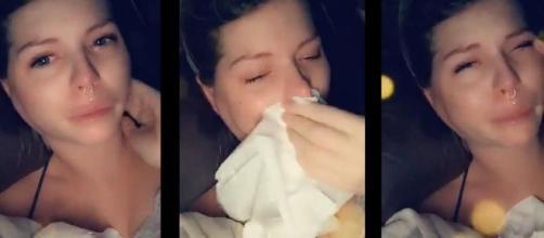 Jessica en larmes, elle revient sur ses épreuves difficiles. Credit: Captures d'écran/ Snapchat