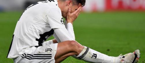Ajax, scivolata social: la presa in giro su Cristiano Ronaldo fa ... - golssip.it