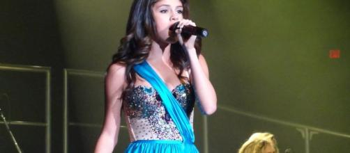 Selena Gomez releases new song, 'Look at her now.' [Image Source: Amanda Nobles/Wikimedia Commons]