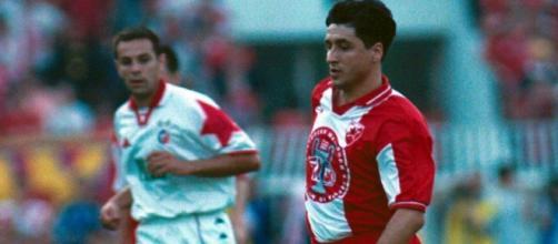 Darko Pancev con la maglia della Stella Rossa nella stagione 1991/92