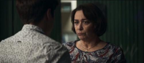 Evelina mostrará que não mede esforços para proteger neta. (Reprodução/TV Globo)