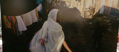 foto di donna dell'artista Michael Tsegaye