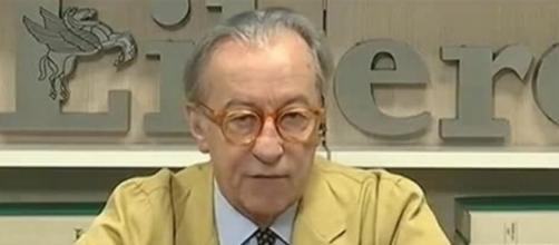 Vittorio Feltri caustico sull'uso del contante