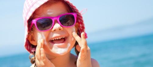 A mancha de óleo nas praias podem comprometer as viagens do final de ano. (Arquivo Blasting News)