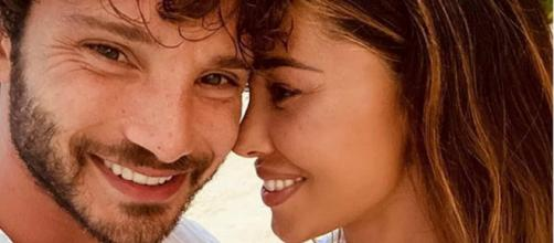 Belen Rodriguez e Stefano De Martino ancora in vacanza: dopo le Maldive, gita al lago.