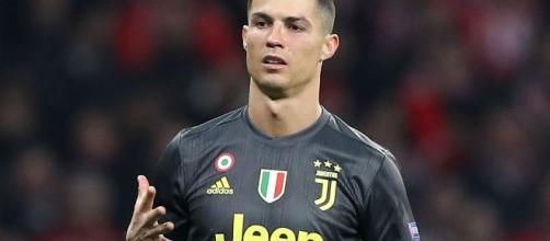 Cristiano Ronaldo ha rilasciato un'intervista a France Football.
