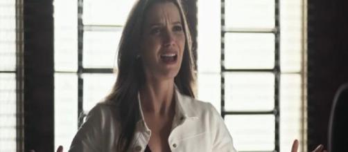 """Fabiana irá tomar medidas drásticas na fábrica após o sucesso da rival em """"A Dona do Pedaço"""". (Reprodução/TV Globo)"""