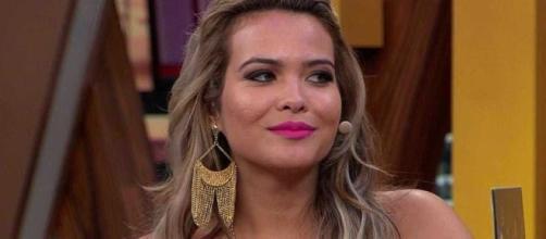 Geisy Arruda falou de Mc Gui e seu suposto affair com Geraldo Luiz. (Reprodução/Bandeirantes)