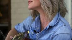 Singer-songwriter Allison Moorer writes moving chronicle through family tragedy in 'Blood'