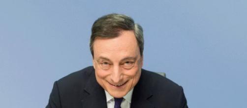 Diego Fusaro pronostica l'arrivo di Mario Draghi a Palazzo Chigi