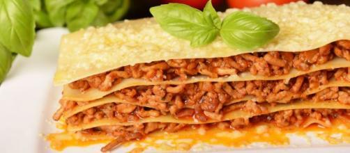 Lasaña boloñesa es uno de los platos típicos de Italia. - viajejet.com