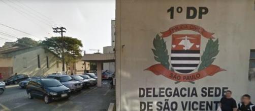 Caso foi registrado na delegacia de São Vicente. (Reprodução/Google Street View)