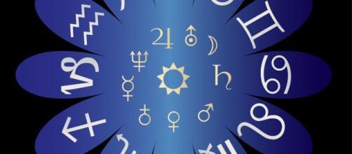 Os astros revelam como será a primeira sexta-feira do mês para cada signo. (Arquivo Blasting News)