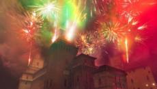 Ferrara, festa di Capodanno in piazza con musica, incendio al castello estense e Dj Set