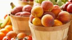 La frutta dopo i pasti, un mito da sfatare: non provoca gonfiore e nemmeno aumento di peso