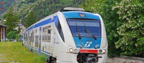 Scioperi dei trasporti a novembre: Trenitalia, bus, aerei, autostrade fino a 24 ore