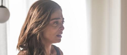 Maria da Paz ficará emocionada junto de Vivi. (Reprodução/ TV Globo)