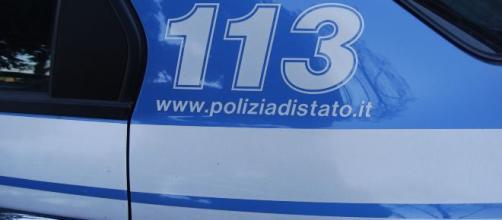 Cecina, russo aggredisce due poliziotti: è già libero