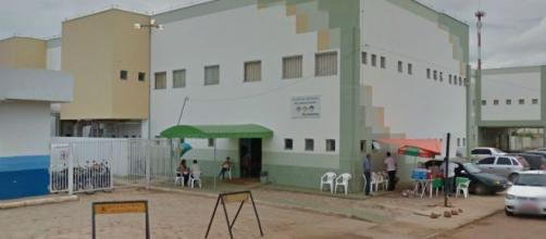Após o ocorrido, a criança foi levada ao hospital pela mãe, onde recebeu cuidados médicos. (Reprodução/Google Street View)