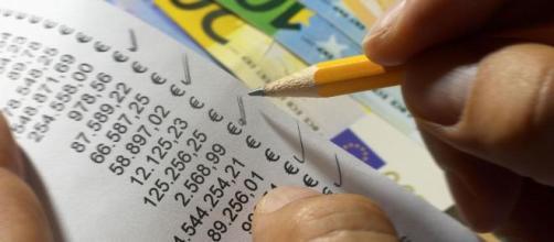 Finalmente l'anno prossimo, dopo tanti rinvii, la lotteria degli scontrini potrebbe davvero partire.
