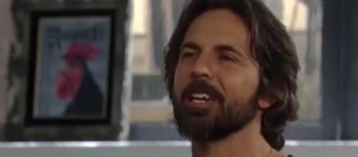 Jeffrey Vincent Parise joins 'Y&R' as Simon Black. [Image Source: General Hospital/YouTube]