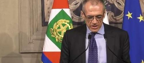 L'economista Carlo Cottarelli parla di spesa elevata per le pensioni.