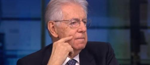 Monti vorrebbe che Conte facesse chiarezza sui servizi segreti.