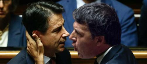 Servizi segreti: scontro tra Matteo Renzi e Giuseppe Conte