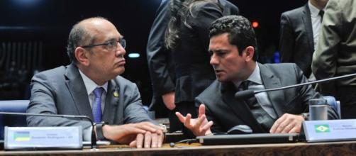 Em sua coluna no UOL, escritor ressalta atitude de Moro. (Jane de Araújo/Agência Senado)